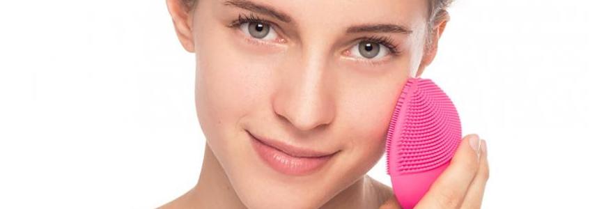 Bienfaits d'une brosse nettoyante visage
